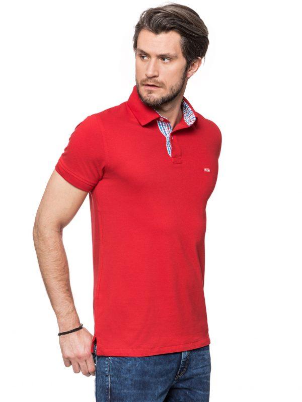 Koszulka polo z wykończeniem w niebiesko czerwoną kratkę