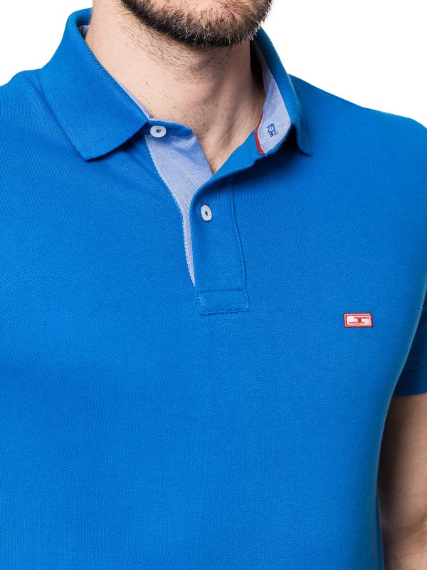Koszulka polo marki Improve niebieska z wykończeniem w kolorze jeansowym
